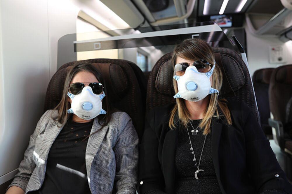 Coronavirus Panic Caused By 'Probability Neglect' - Bloomberg