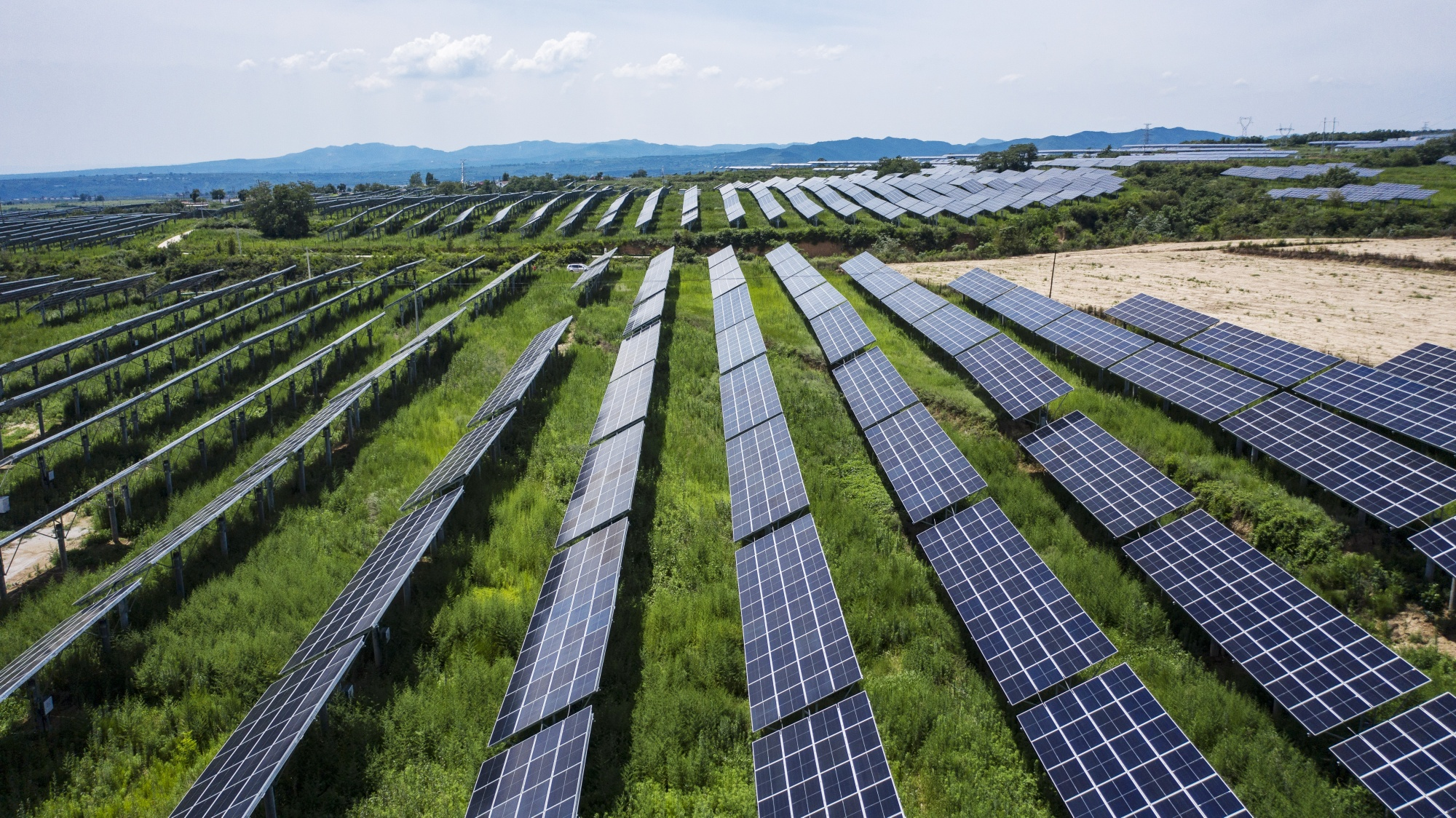 Glass Shortage Threatens Solar Panels Needed for Climate Fix - Bloomberg