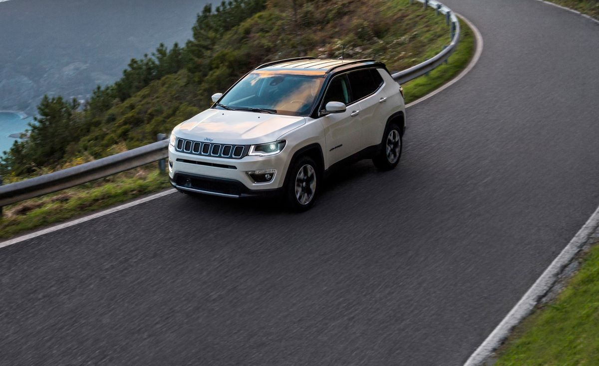 Jeep Missing Its Compass Leaves Brand Adrift as Rival SUVs Surge