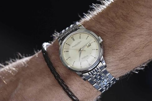 Having an original metal bracelet with your vintage watch will always give it a boost in value.
