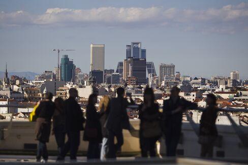EU Leaders Ease Debt-Crisis Rules for Spain as Merkel Retreats