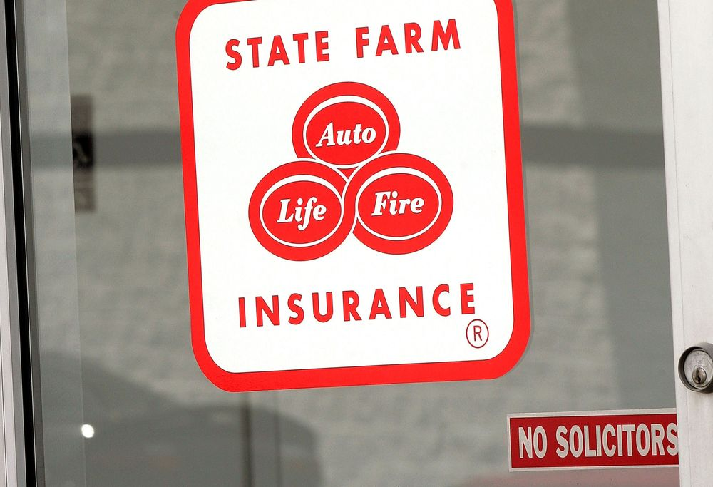 State Farm To Displace 4 200 Workers Exit 11 Locations Bloomberg