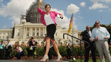 Former alaska governor sarah palin takes the stage during a rally against iran nuclear deal on west lawn of u.s. capitol sept. 9, 2015.