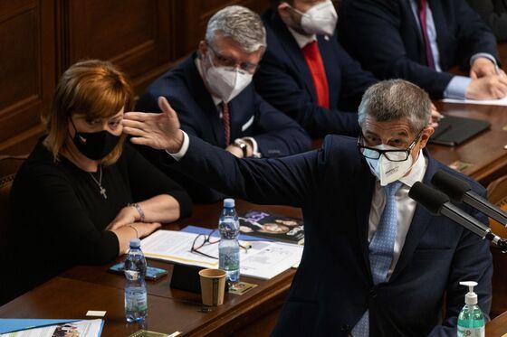 Czech Premier Revives Anti-Migrant Rhetoric Before October Vote