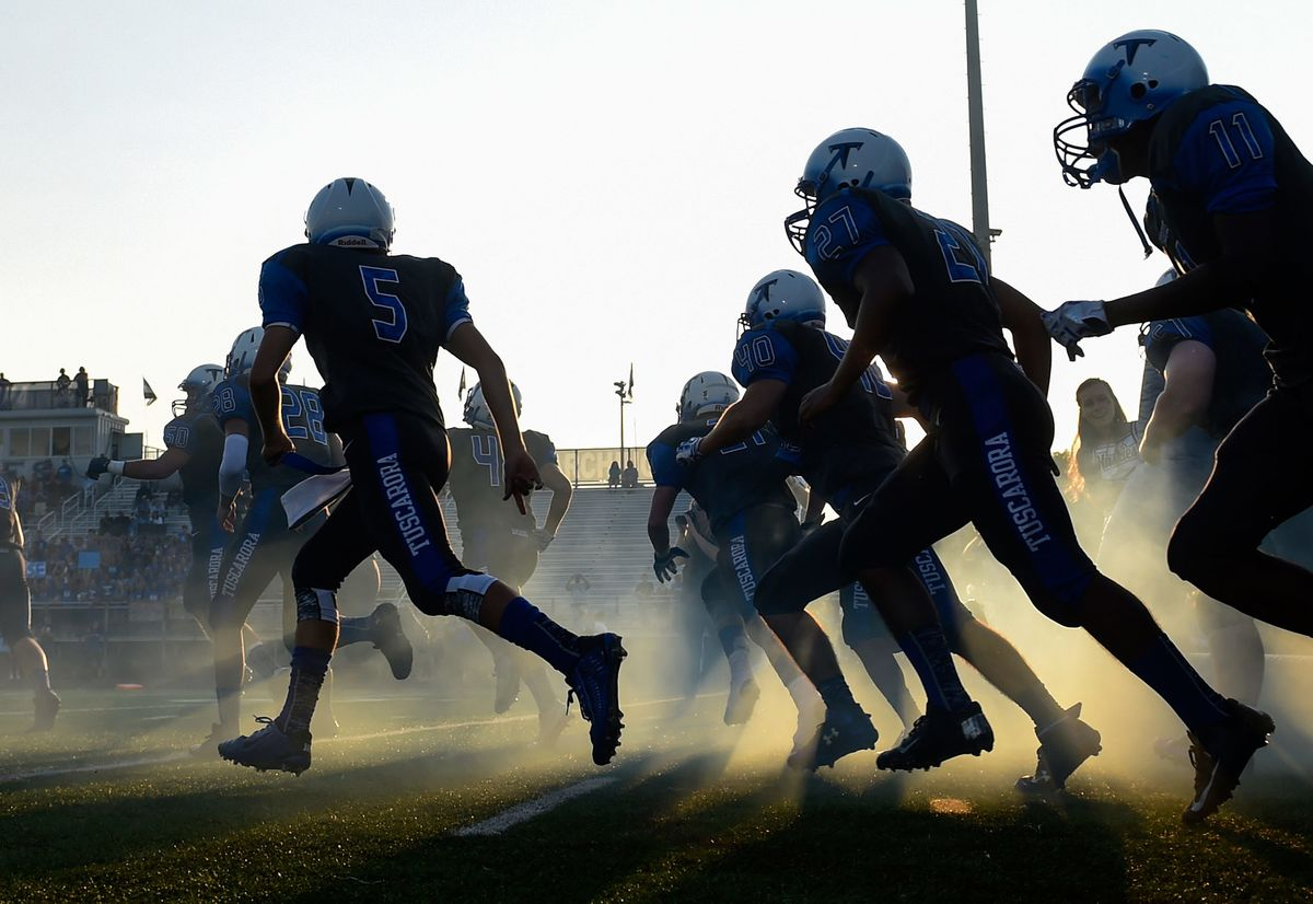 Brain Damage Study Shows Student-Athletes May Risk Same Injuries as NFL Players