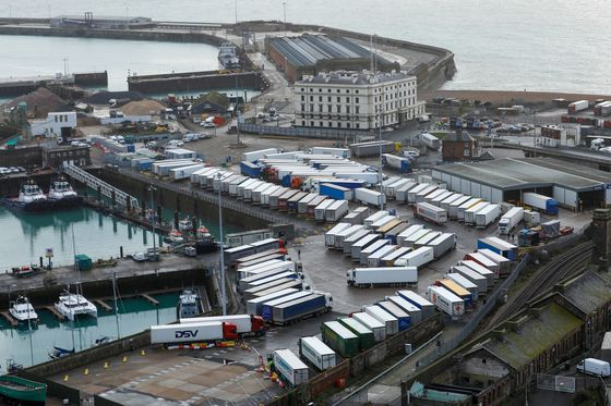 France to Reopen U.K. Border After Paralyzing Busiest Port