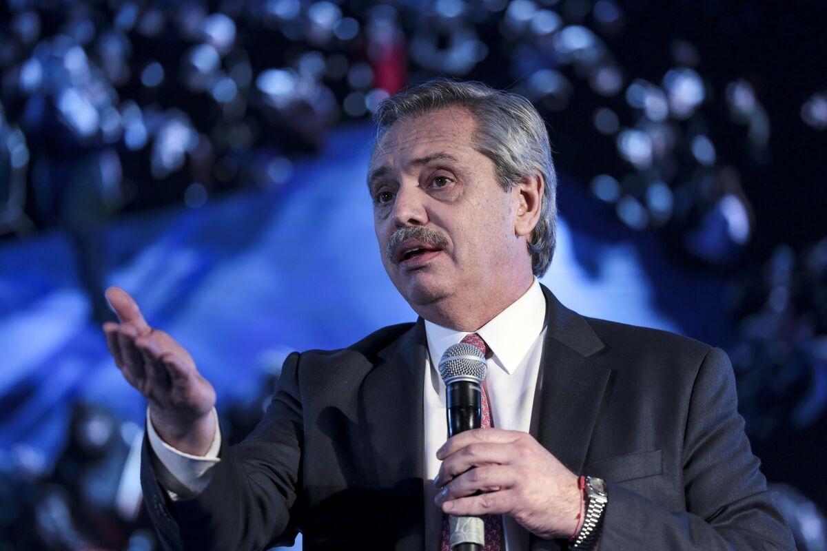 No Chance of Argentine Default If I'm President, Fernandez Says