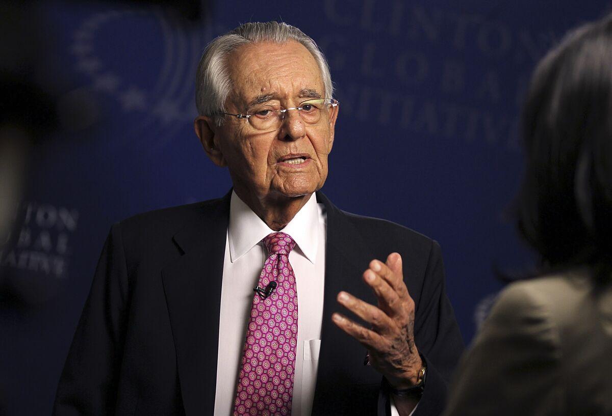 Pete Peterson, Lehman Exile, Blackstone Billionaire, Dies at 91