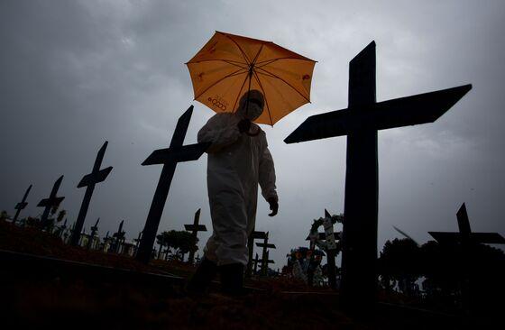 Bolsonaro Faces 'Possibly Explosive' Probe Into Virus Policy