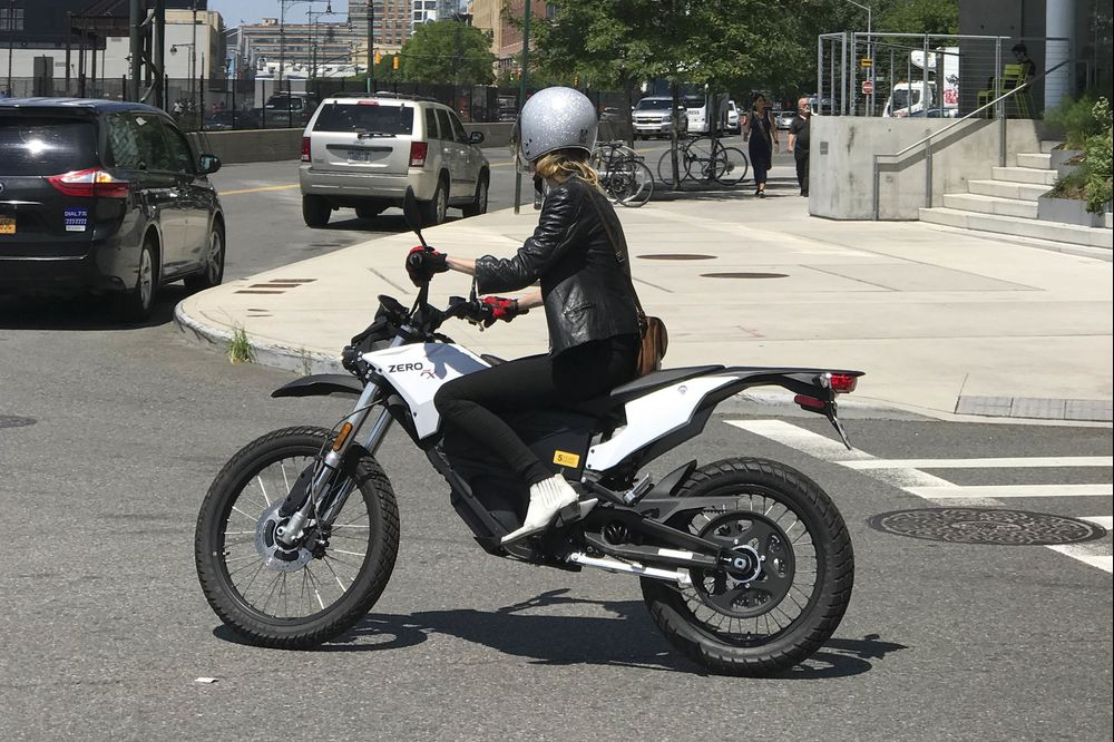 Relates To Zero Fx Is Closing Gap Between Real And Electric Motorcycles Review