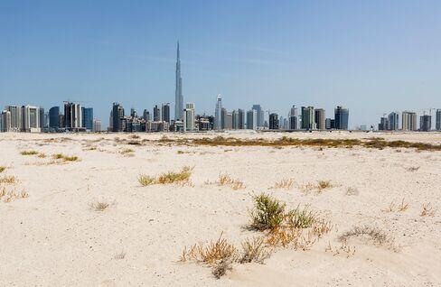 Dubai Shares Soar to Highest Since 2008 as HSBC Stokes MSCI Bets
