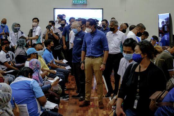 Anti-Vaxxer Propaganda Spreads in Asia, Endangering Millions