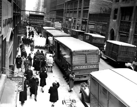 A street between Broadway and Eighth Avenue in the Garment District in Manhattan on Nov. 29, 1943.