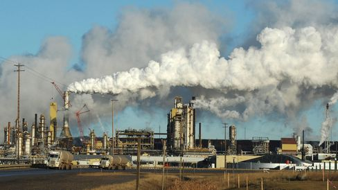An oil sands extraction facility near the town of Fort McMurray in Alberta Province, Canada.