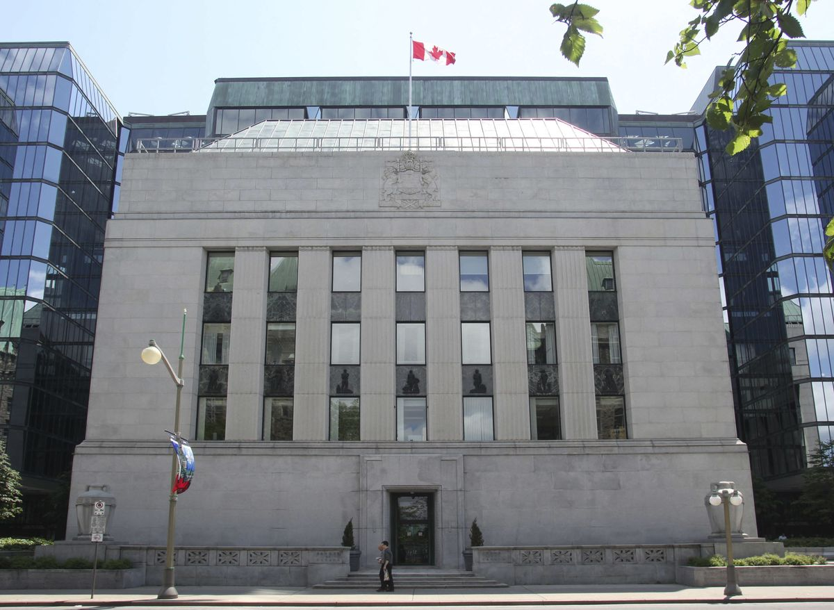 Calls for Bank of Canada Rate Cuts Are Gaining Momentum