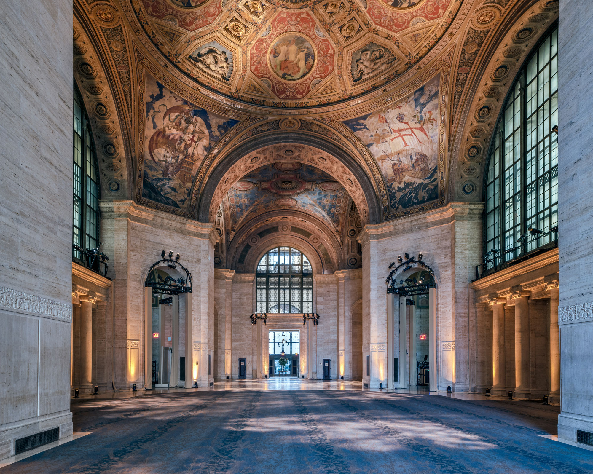 The 10 stunning new york interiors you ve probably never for Bank ballroom with beautiful mural nyc