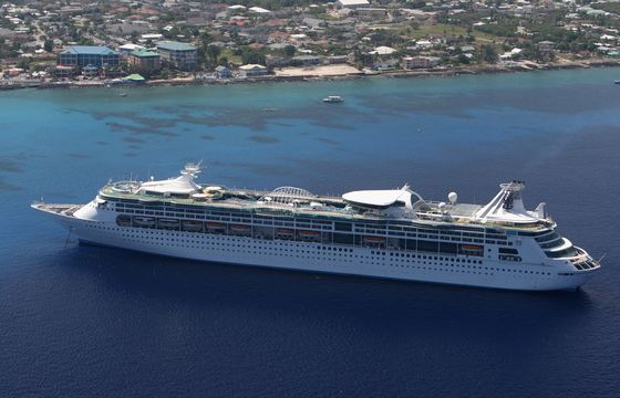 Key Tourist Destinations Rethink Their Reliance onCruising
