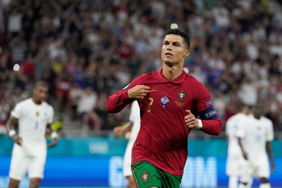 Manchester United's Ronaldo Reunion Sends Stock Price Higher