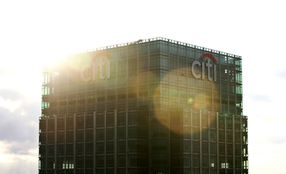 Citigroup Is Said to Buy Canary Wharf Tower for $1 3 Billion - Bloomberg
