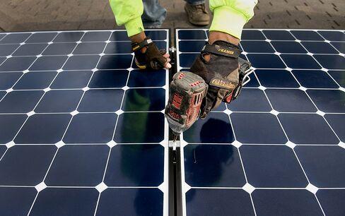 U.S. Solar Industry Anticipates Utility Backlash Over Metering