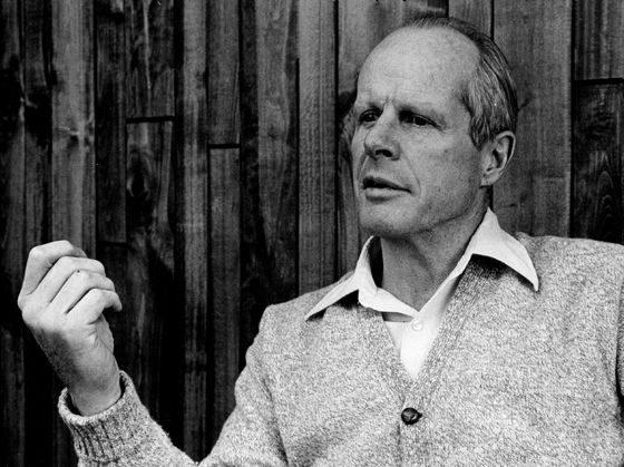 Bill Coors, Former Chairman of Namesake Brewery, Dies at 102