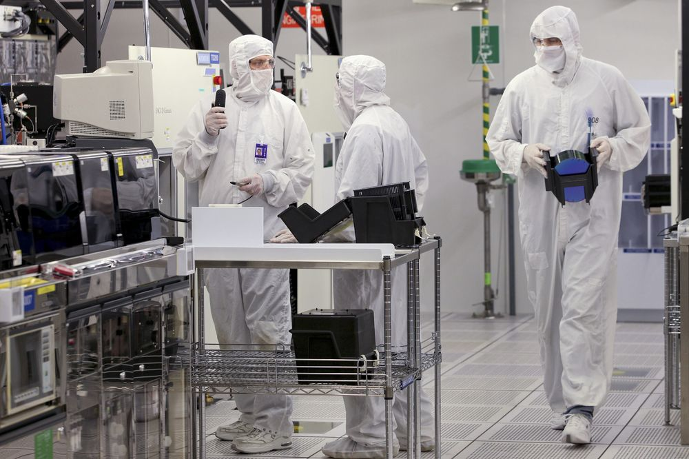 Texas Instruments' Forecast Stokes Optimism for a Chip Revival