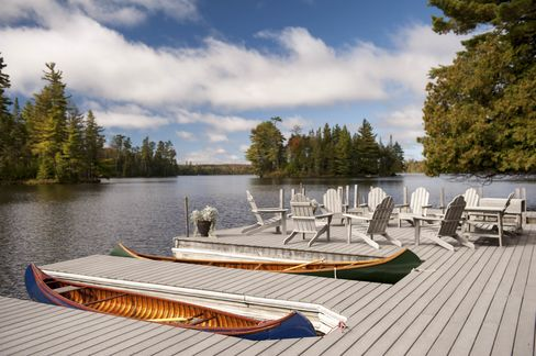 The property is set on a private, 500-acre lake.