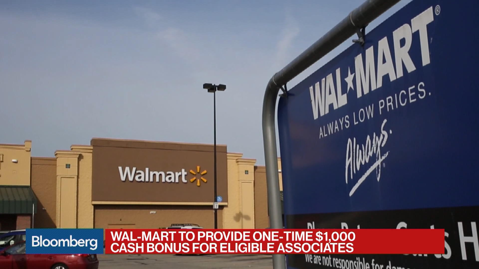 Wal-Mart to Cut Thousands of Store-Management Roles - Bloomberg