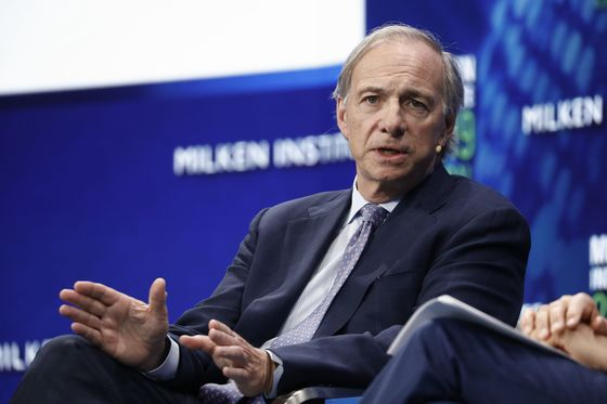 Ray Dalio Says Global Economy Is in a 'Great Sag'