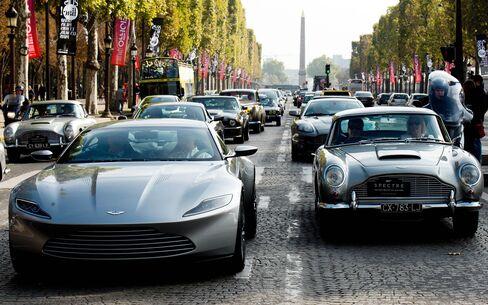 FRANCE-CARS-JAMES-BOND