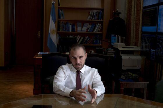 Argentina Seeks Paris Club Deal Amid IMF Talks, Guzman Says