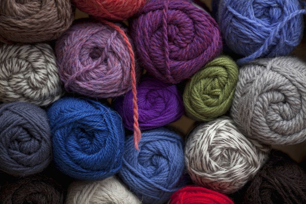 Retailer Joann Calls on Crafters to Oppose Trump's Tariffs - Bloomberg