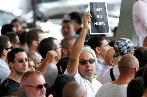 The protest staged last week in Paris by taxi drivers against the low-cost service UberPop.
