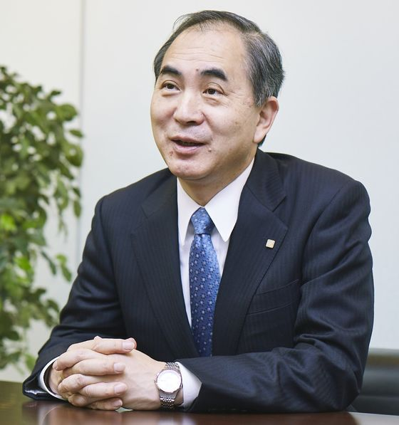Protect Jobs Regardless, Past Savior of Japan Airlines Says