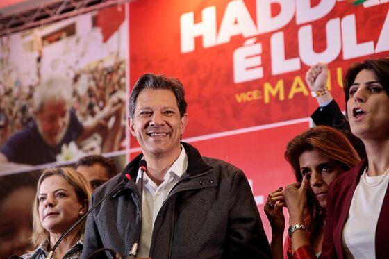 Brazil Poll Confirms Dip for Bolsonaro But Lead Still Strong