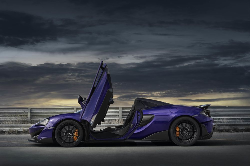 McLaren 600LT Spider Test Drive: A Track-Ready Convertible - Bloomberg