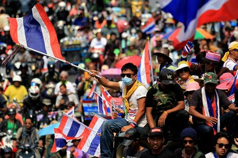 The Crisis in Thailand Keeps Dragging Down the Economy