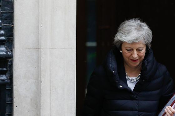 Theresa May Plans to Put Brexit Law to U.K. Parliament in Early June