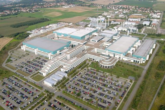 Carmakers Crying Out for Chips Fuels Growth for Globalfoundries
