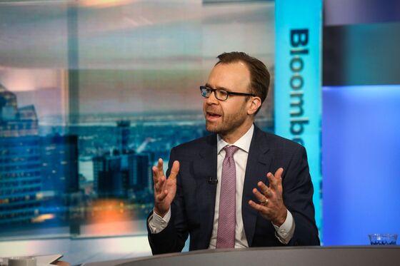 Goldman's Hatzius Sees Peers Aligning on Global Growth Forecast