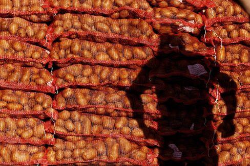 Greeks Embrace Potato as Symbol of Struggle to Survive