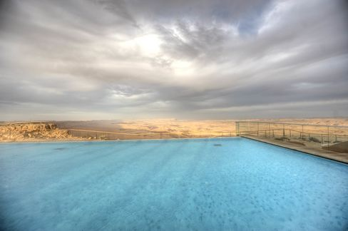 The hotel's infinity pool, with epic Negev Desert views.