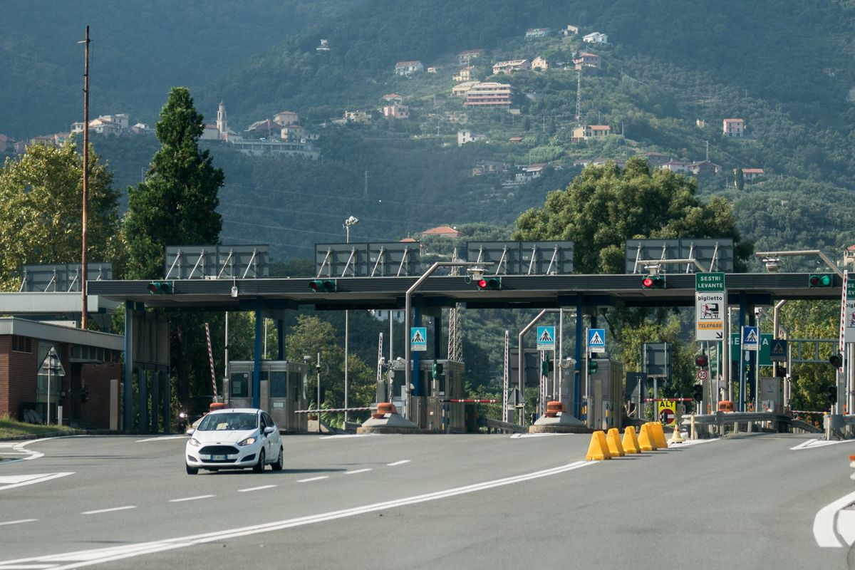 Italy's Autostrade Makes Offer to Settle Road Concession Dispute
