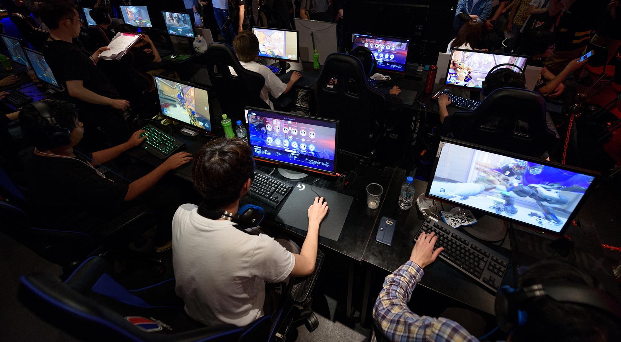 Disney (DIS) Investor Says Buy Activision (ATVI) on Stock