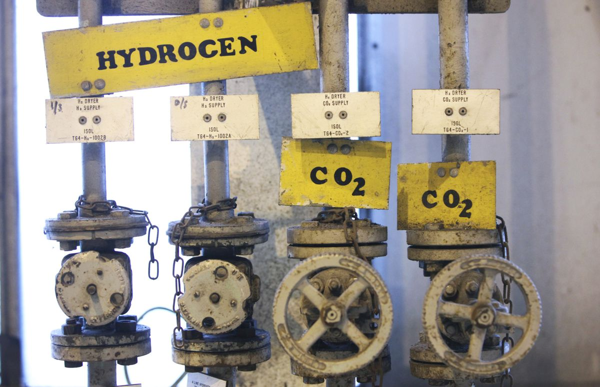 U.K. Looks to Hydrogen as a Source of Green Energy