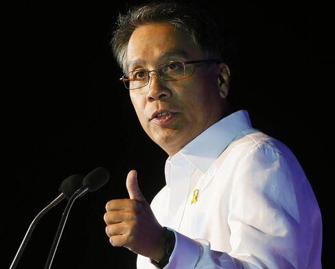 Former Interior Secretary Mar Roxas.