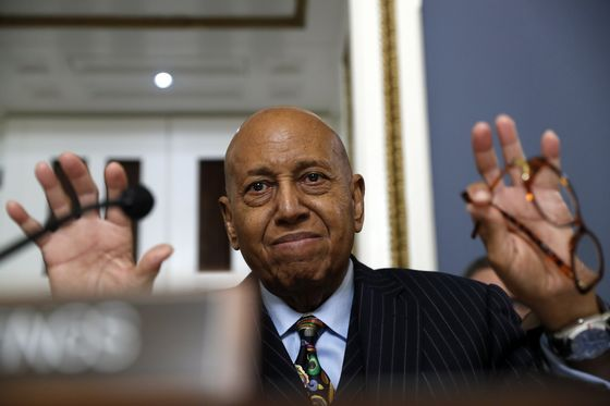 Alcee Hastings, Impeached Judge Elected to House, Dies at 84