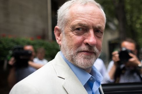 Corbyn's reconciliation bid undermined by shadow cabinet and deselection issues