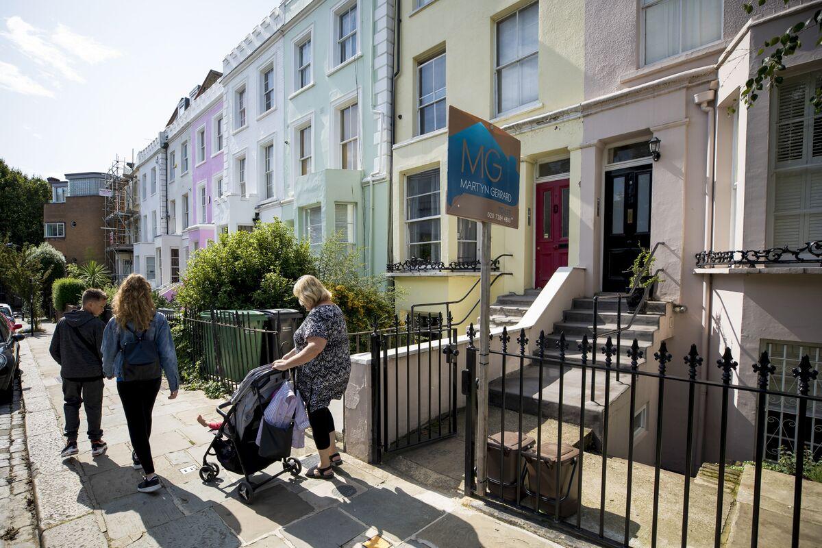 Autumn Bounce Fails to Materialize for U.K. Housing Market
