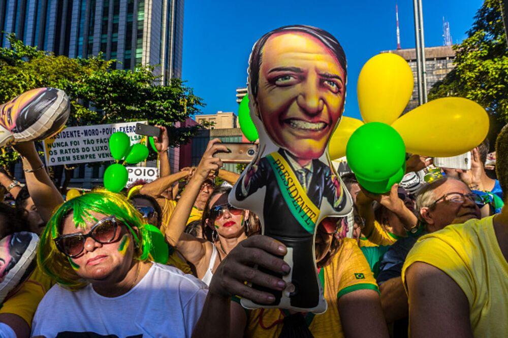 Democracy Bedevils Brazil's Bolsonaro - Bloomberg